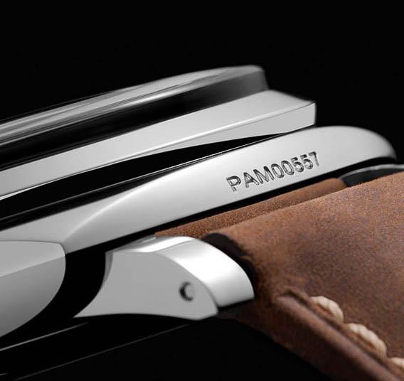 Panerai-Luminor-1950-Destro-PAM557-Plexi