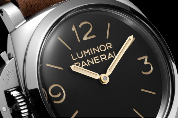 Panerai-Luminor-1950-Left-handed-3-Days-PAM557-Dial-620x412