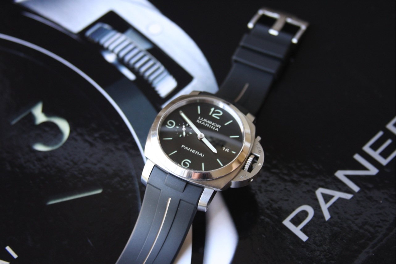Panerai Strap Review Rubber B Vulchromatic Strap
