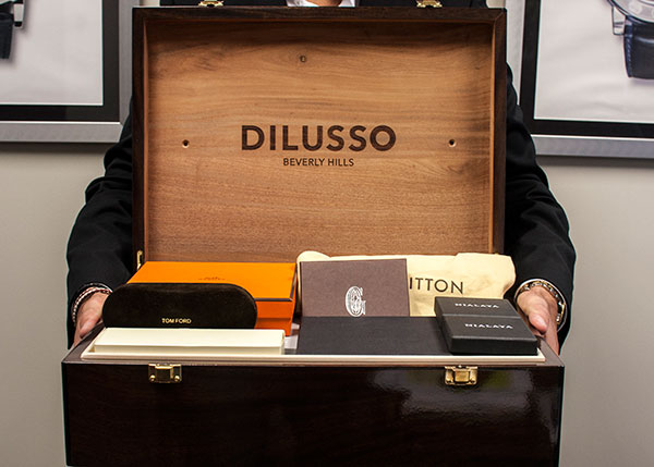 DILUSSO Hand Delivery